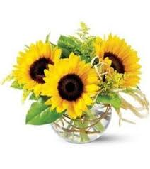 Centerpieces With Sunflowers by Sunflower Centerpiece Sunflower Centerpieces Sunflowers And