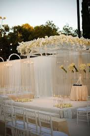 Wedding In Backyard by White Dreamy Wedding Inspirations With Flowers U2013 Weddceremony Com