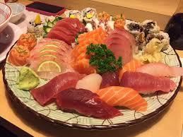 comi de cuisine combinado especial de sushi e sashimi os maiores cortes de sashimi