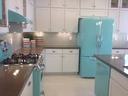 Retro Style Kitchen Cabinets Invade Your Home Interior With Retro Style Appliance For Unique