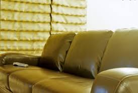 How To Fix Scratched Leather Sofa How To Repair A Scratched Leather Couchdiy Guidesdiy Guides