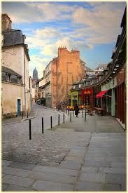 147 Best Rennes Images On Pinterest Frances O Connor Doors And Bureau De Change Rue De Rennes