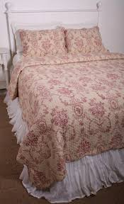 floral urn toile burgundy red ecru cotton quilt set decor