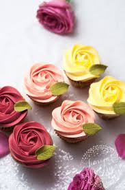 how to decorate cupcakes at home valentine rose cupcakes by juniper cakery food love pinterest