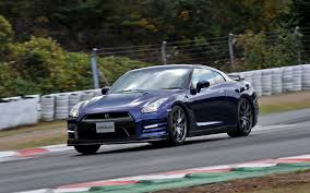 nissan gran turismo price 2014 nissan gt r japanese spec first drive motor trend