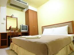hotel zen rooms basic rajprarop 5 bangkok thailand booking com