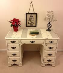 Pinterest Shabby Chic Furniture by Best 25 Shabby Chic Desk Ideas On Pinterest Desk Space Shabby