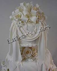 wedding cakes with icing drapes