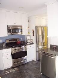 installation cuisine ixina cuisine montage cuisine ixina avec orange couleur montage cuisine