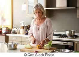 femme plus cuisine légumes coupe femme cuisine plus vieux femme plus photo de