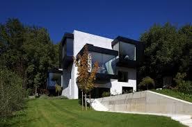 basic house basic house p by bergmeisterwolf architects