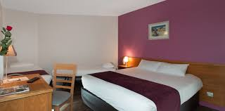 chambre hotes pornic chambres violette hotel les alizes 1 1170x578 brit hotel pornic