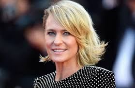 house of cards robin wright hairstyle robin wright nightmare on house of cards set