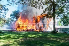 Shirley Street Beach House 9 13 2016 Shirley House Fire Youtube