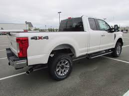 pictures of ford f250 2017 ford duty f 250 srw lariat 4wd supercab 6 75 box