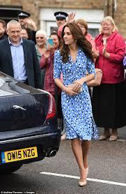 kate middleton wears dress by kim kardashian and rihanna u0027s