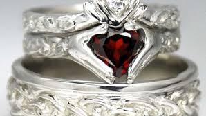 celtic wedding sets celtic wedding ring sets this celtic symbol for infinity graces