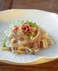 cuisine cor馥nne recette recette coréenne les vermicelles sautés aux légumes japchae des