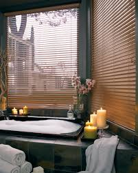 6 ideas for bathroom windows