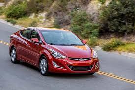 hyundai elantra sedan review 2016 hyundai elantra car review autotrader