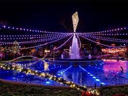 dazzling holiday light displays to see in philadelphia