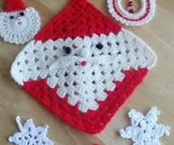 crochet christmas 30 wonderful diy crochet christmas ornaments