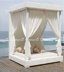 couvert lit salon de jardin roi taille jardin couvert lit de jour buy