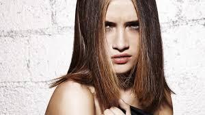 quelle coupe pour cheveux pais les coupes de cheveux pour les cheveux mi longs cosmopolitan fr