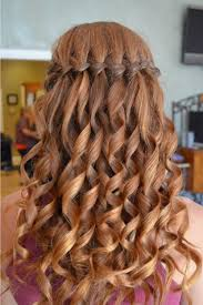easy hairstyles for waitress s 30 easy hairstyles for women easy hairstyles long curly hair