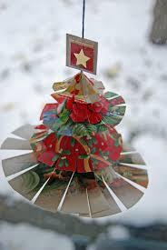 35 easy to make homemade christmas decorations mumsmakelists com