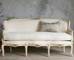 vintage sofa best 25 vintage sofa ideas on diy sofa daybed
