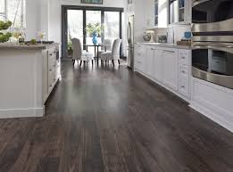 How To Choose Laminate Flooring Kitchen Cheap Kitchen Flooring Wood Flooring Cost Oak Floor