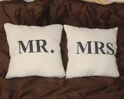 mr and mrs pillow do it yourself mr and mrs pillows a spotted pony