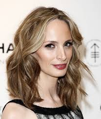 hairstyles medium length round face straight layered medium length hairstyle for women with round face