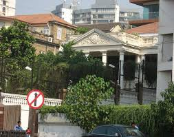 shahrukh khan home interior 7 facts about shah rukh khan s house mannat that will