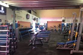 bench press 100kg brisbane teen in critical condition after trying to bench press
