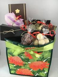 island gift basket same big island gift basket with original hawaiian chocolate from