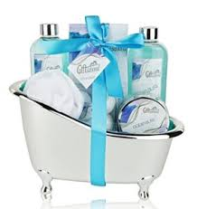 birthday gift baskets for women 50 best gift ideas for women 2017 2018 christmas birthday