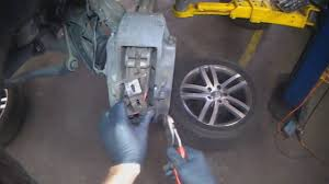 audi q7 brake pad replacement audi q7 front brake removal