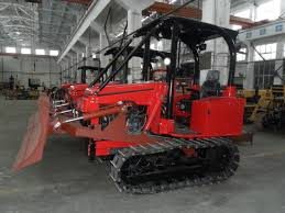 Track Canopy by Mini Track Tractor W Canopy With Six Action Blade Crawler