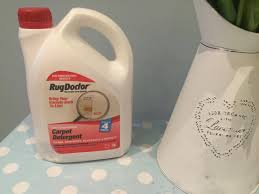 Rug Doctor Fluid The Rug Doctor Carpet Cleaning Review Outnumbered By Boys