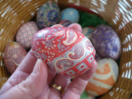 Decorating Easter Eggs With Silk by Making Easter Eggs With Silk Ties I U0027ve Done This And It U0027s Awesome