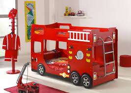 chambre pompier lit superposé camion de pompier lits superposés chambre enfant