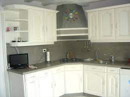 comment repeindre une cuisine en bois peinture meuble cuisine bois repeindre meuble cuisine en laque