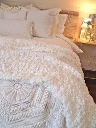 best 25 fluffy white bedding ideas on pinterest fluffy