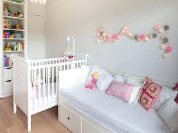 chambre de fille bebe guirlande deco chambre bebe photo dans guirlande lumineuse chambre