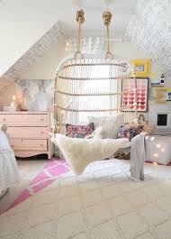 The Fashion Beat Cool Stuff For Your Dorm Room Apartment by Best 25 Bedroom Hammock Ideas On Pinterest Hammock In Bedroom