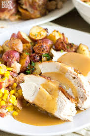 best pre made turkey gravy easy turkey gravy recipe bread booze bacon