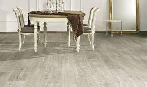 Wide Plank Oak Laminate Flooring Oak Laminate Flooring Grandeur I Long U0026 Wide Planks Matt Shiny