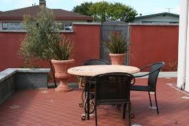 How To Design A Patio by Mediterranean Garden Design How To Create A Tuscan Garden